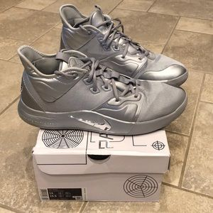 Men's size 14 Paul George 3 NASA Basketball shoes